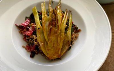 DinkelSotto mit Mangold, karamellisierter Fenchel und Fenchelsalat mit Erdbeeren