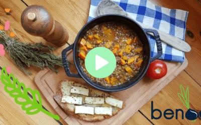 Kürbis-Linsen-Gemüse dazu Brot mit Halloumi